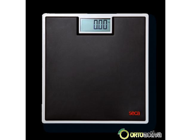 "BASCULA DIGITAL SECA 803 DE SUELO ""CLARA"" FUERZA 150 Kg. DIVISION 100 gr."